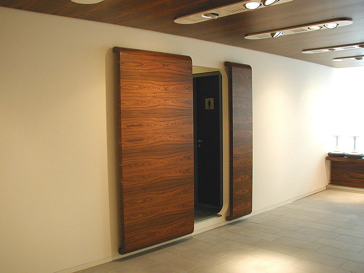 Türen - L +K, Inneneinrichtungen, Objekteinrichtungen, Ladenbau